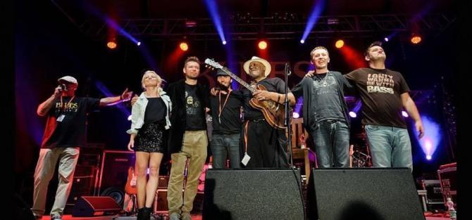 Carlos Johnson & HooDoo Band koncert