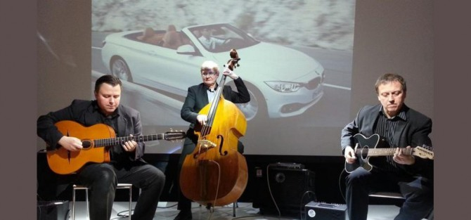 SWING CLUB: Hot D'Jazz Trio - koncert