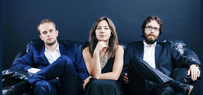 Tria fortepianowe Areńskiego