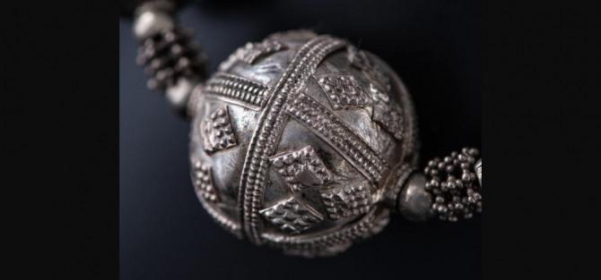"""Wernisaż wystawy """"Moc Srebra. Tradycyjna biżuteria z krajów arabskich"""""""