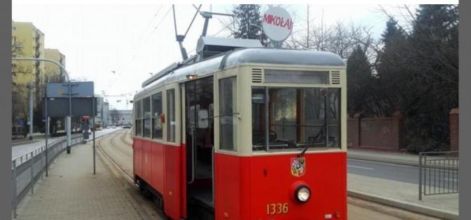 Zabytkowe tramwaje kursują po Wrocławiu