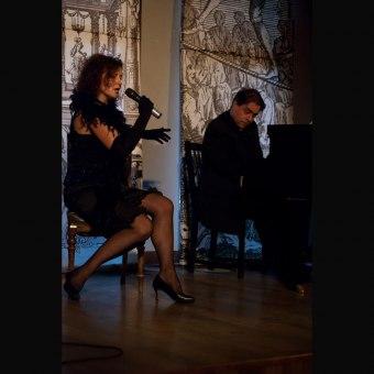 """Koncerty Walentynkowy - Recital Doroty Ficoń """"Na pierwszy znak"""""""