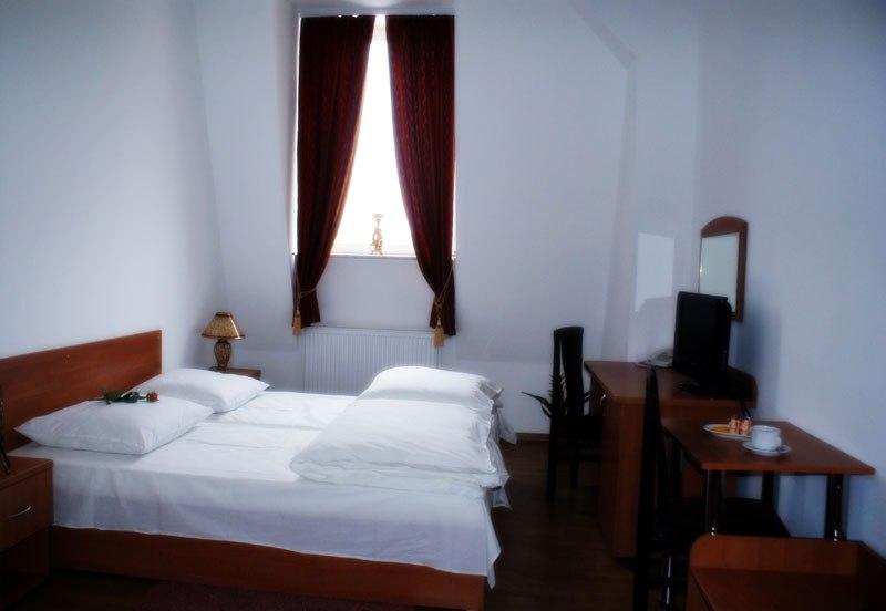 Hotel i Restauracja Słowiańska