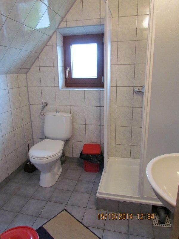 pokój nr 4 (łazienka)