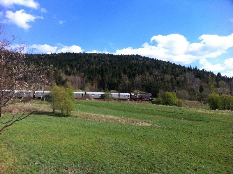 Pociąg Retro z okna