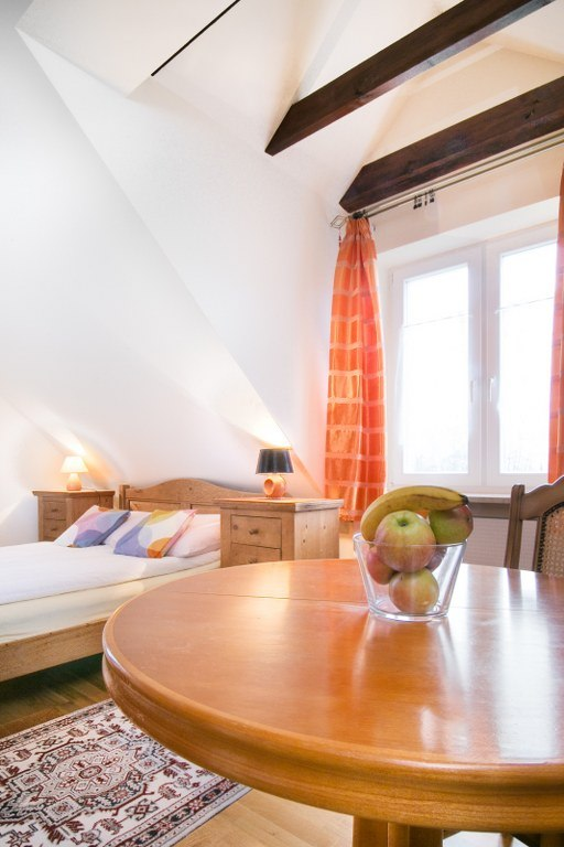 sypialnia z podwójnym łożem