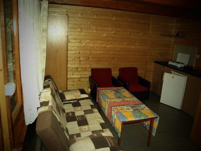 salonik z aneksem-mniejszy domek