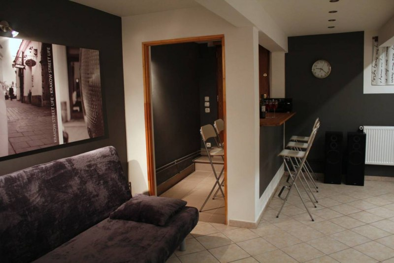 Ap. 4PARTY -salon