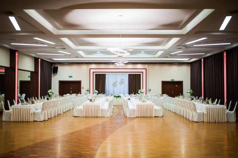 Największa sala pensjonatu na przyjęcia i konferencje