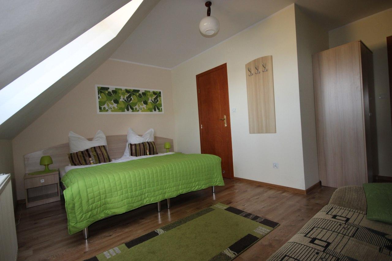 2+ Bedroom