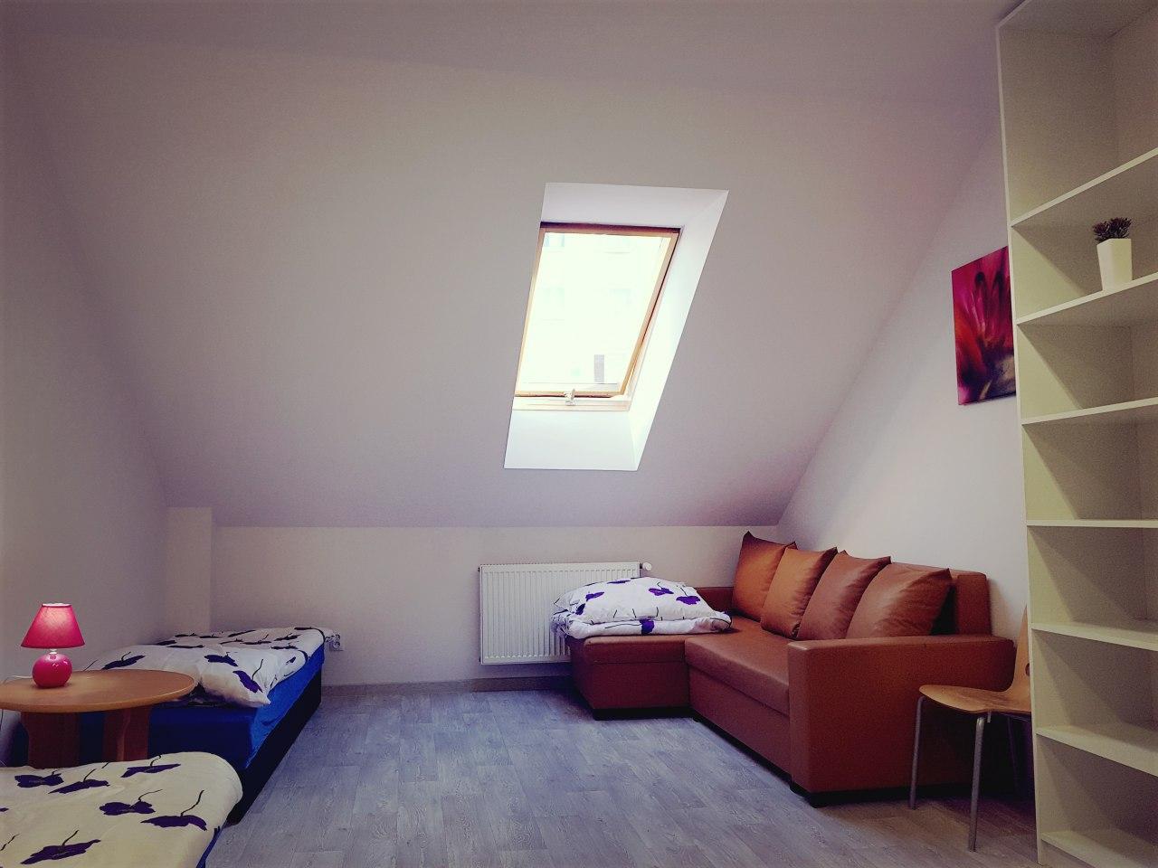 Mieszkanie 1, pokój 2