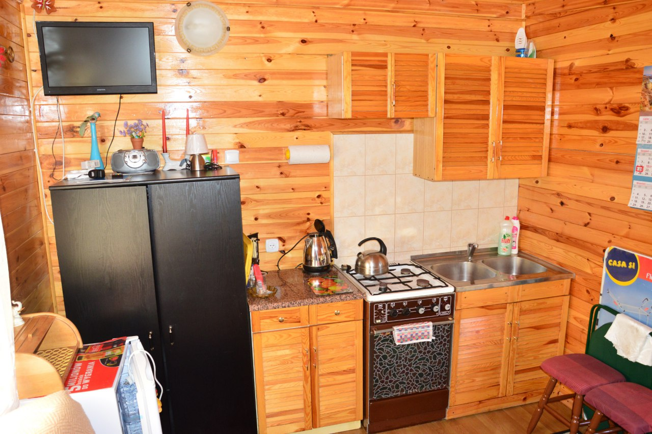 pokój 4osobowy z aneksem kuchennym i łazienką nr 1