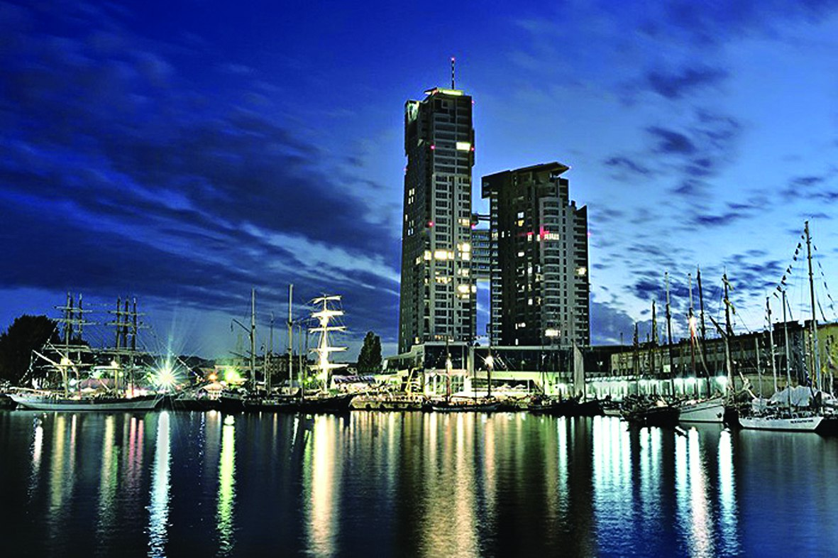 Budynek Sea Towers