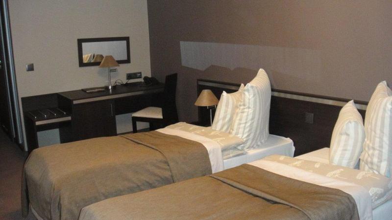 Hotel Ikar ***