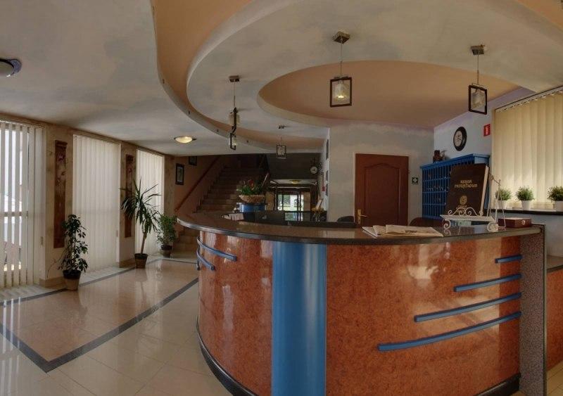 Hotel Cumulus B Dzin Ul Sportowa 3 Hotele B Dzin E