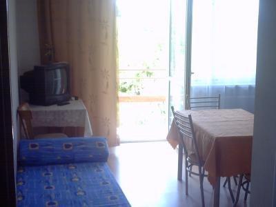 Pokój 4-osobowy z balkonem góra