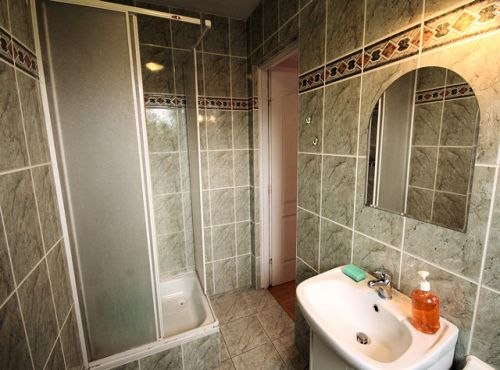 Wnętrze jednej z łazienek