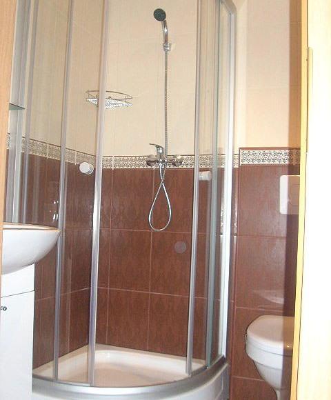 łazienka w pokoju błękitnym