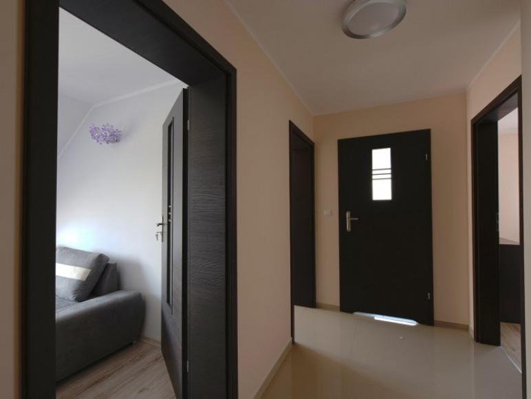 Apartament 2 przedpokuj