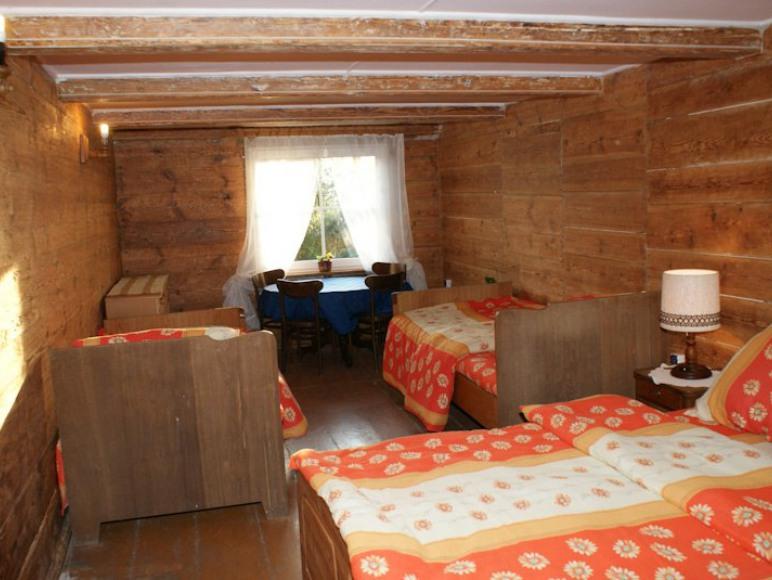 Pokój drewniany - I pietro