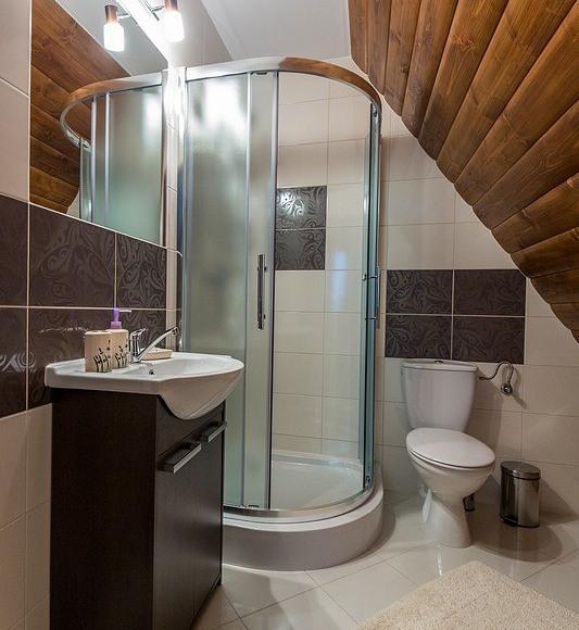 łazienka nr 1 w aprtamencie