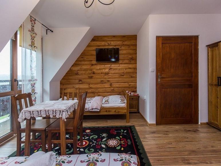pokój 3 osobowy z łazienką i balkonem
