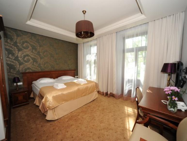 Hotel z restauracją Akvilon