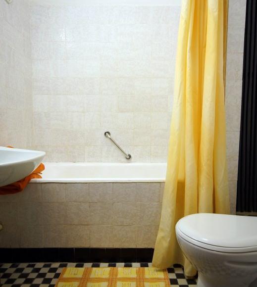 Łazienka w pokoju Ekonomicznym i Standard