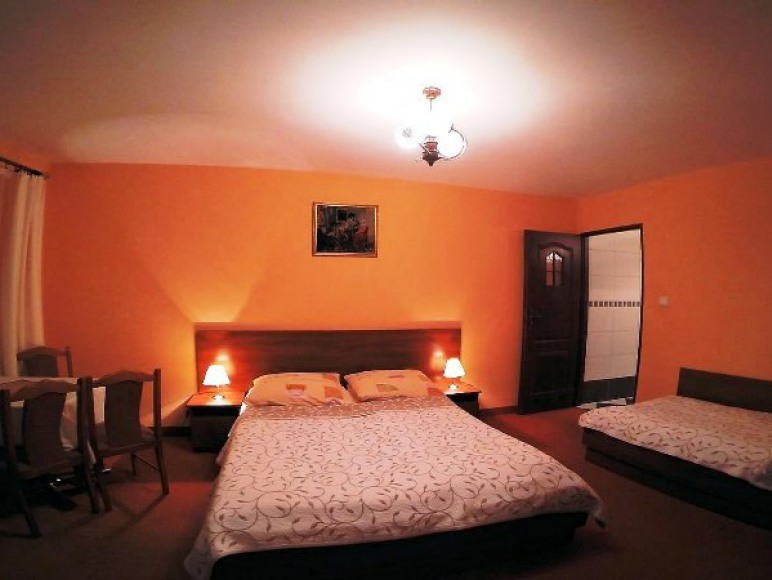 Pokój 3-osobowy z łazienką i balkonem