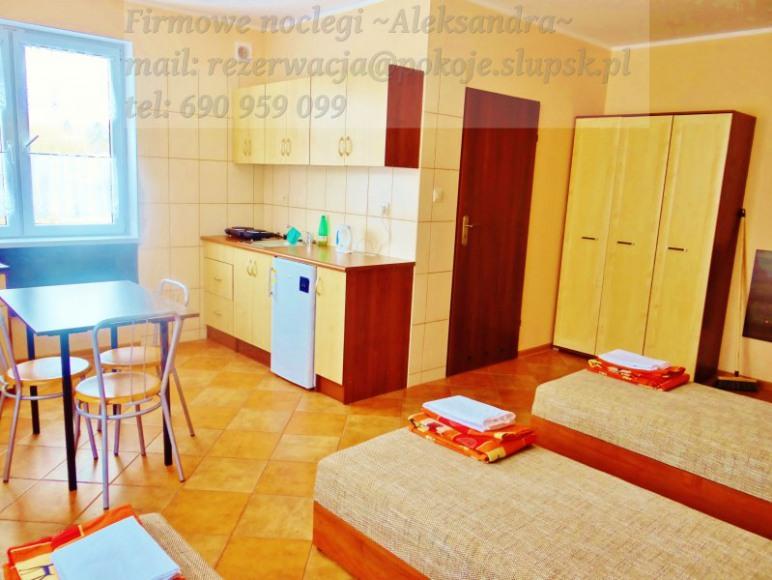 Pułaskiego 25 pokój 3-osobowy