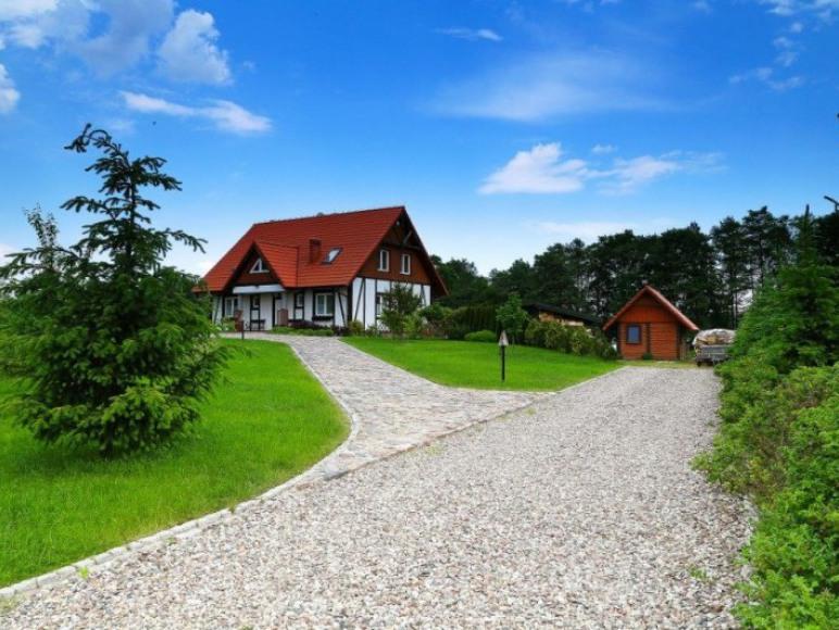 Widok domu z przodu