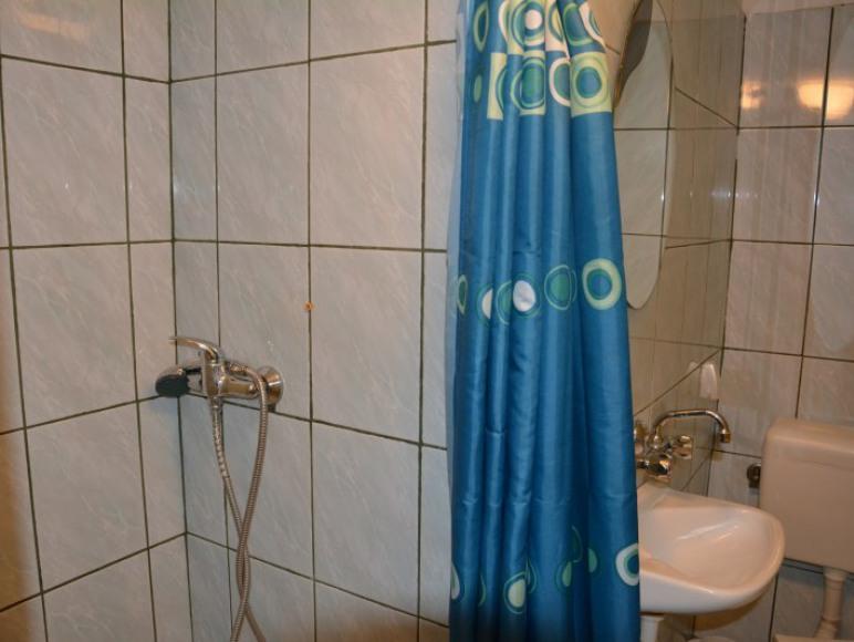 łazienka do pok 5i6