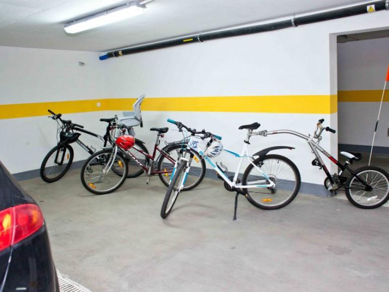 garaż, rowery do dyspozycji gości