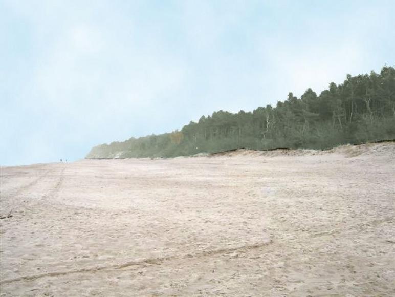 bardzo szeroka plaża