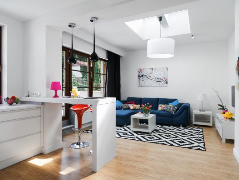 Apartament z tarasem - salon z funkcja dwuosobowego spania
