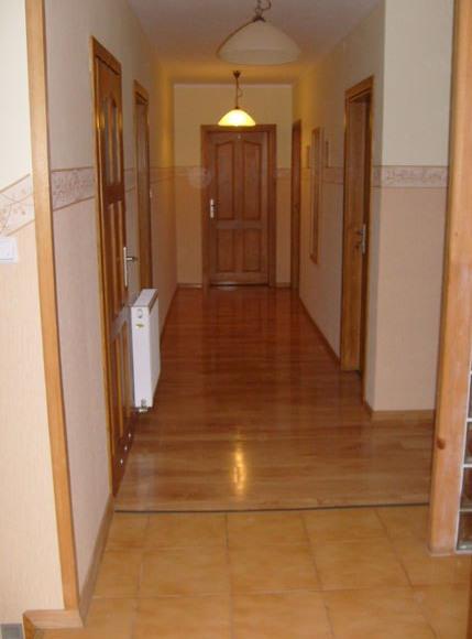 I piętro (Pokoje 1-5)