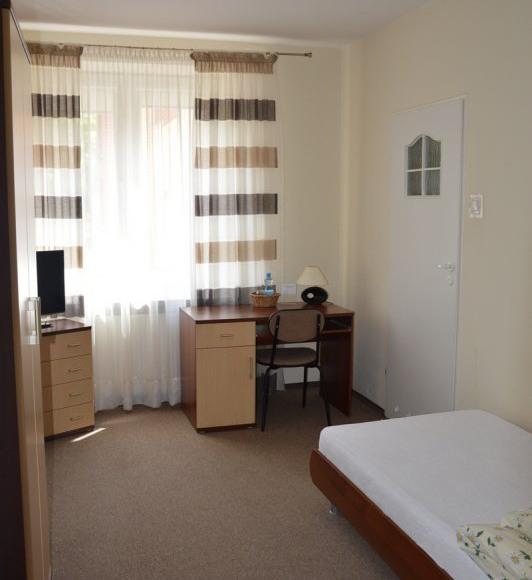 Pokój 1-osobowy z własną łazienką, II pietro