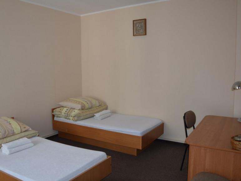 Pokój 2-osobowy z wlasną łazienką, II pietro