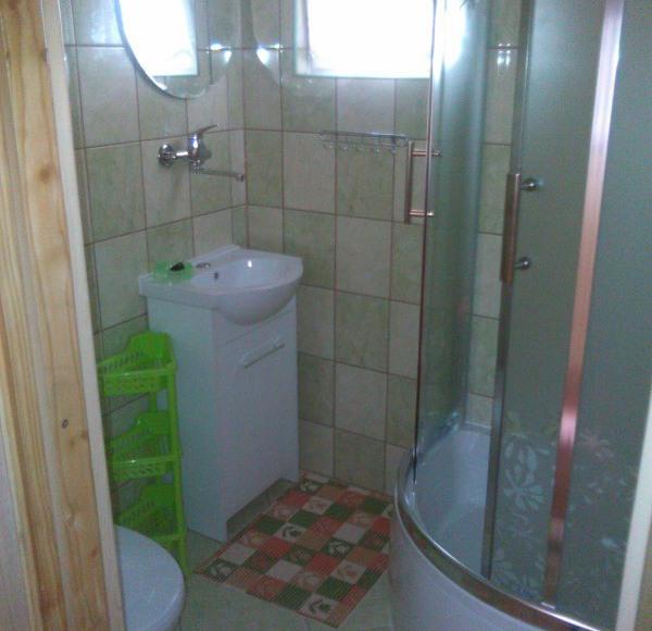 domek letniskowy: łazienka