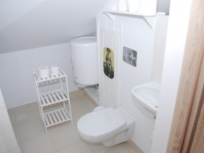 Studio pokój na poddaszu
