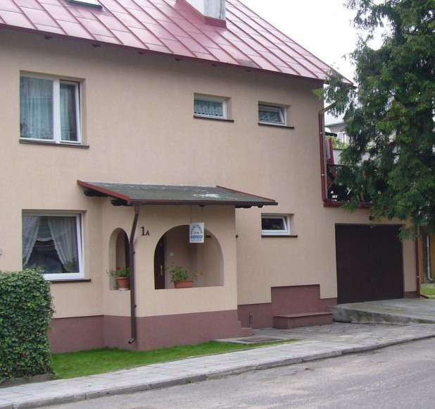 Widok naszego domu od strony ulicy Piastowskiej