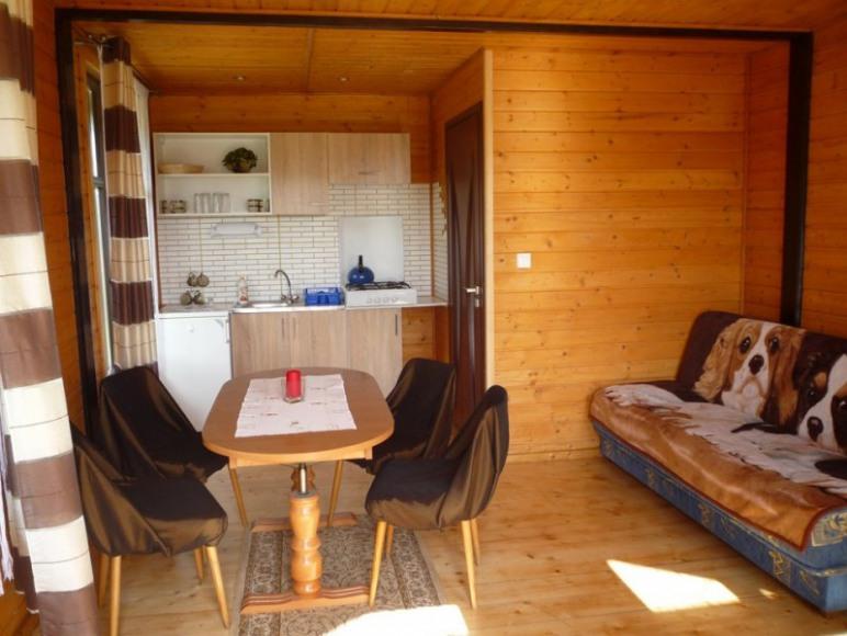pokoj z aneksem domek drewniany