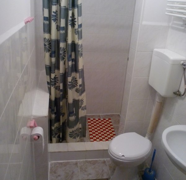 łazienka (pokój 1os)
