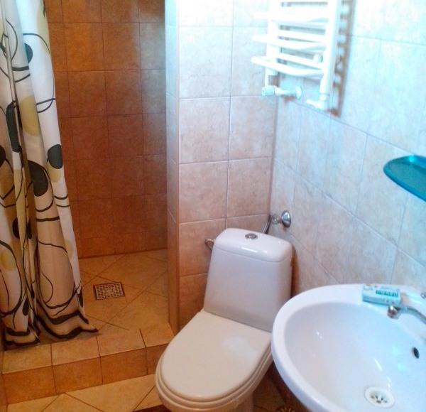 łazienka (pokój 3os)