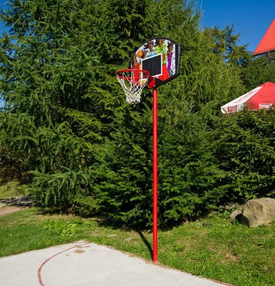 boisko do gry w koszykówkę