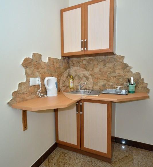 aneks kuchenny na korytarzu