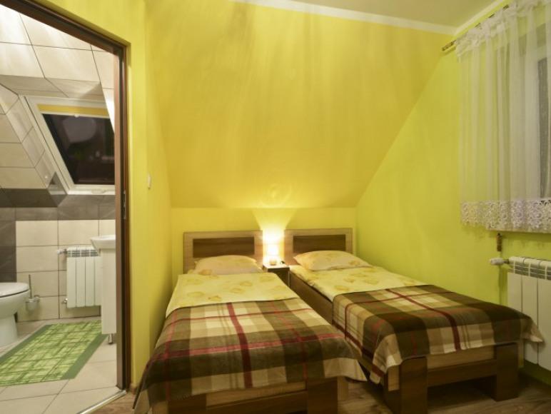 druga sypialnia z drugą łazienką w apart.wiosennym