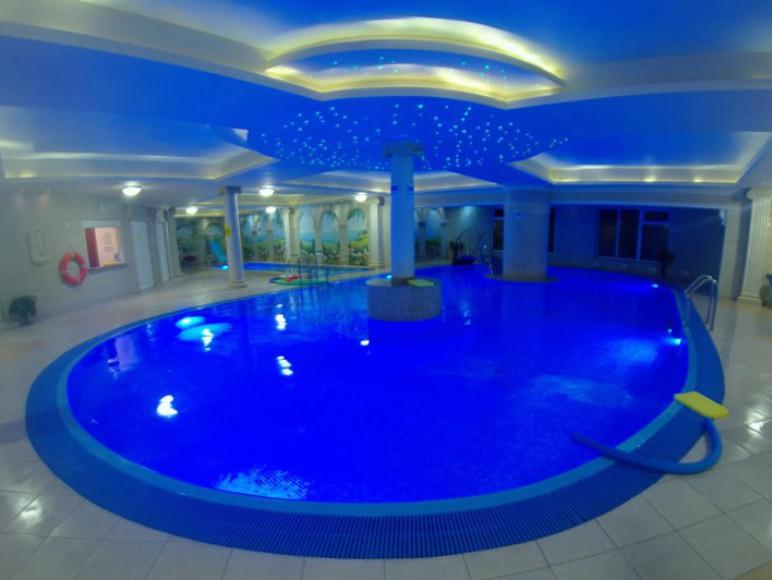 Hotel Gloria-Basen SPA