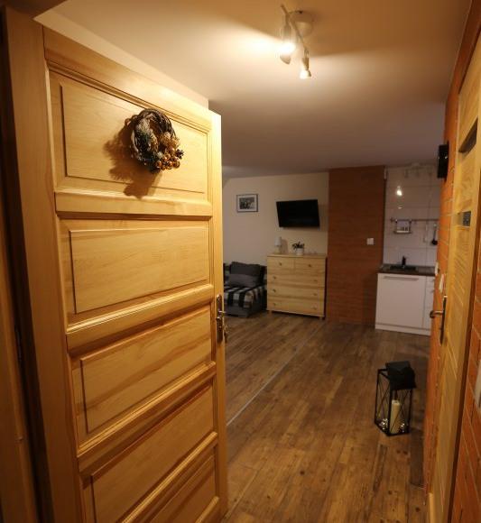 Apartament nr 2: Wejście do apartamentu