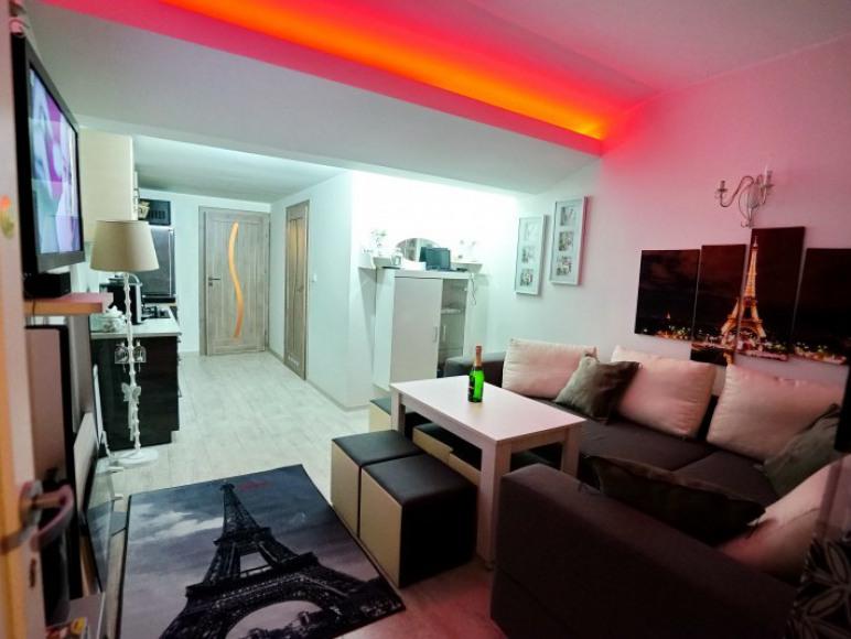 "2. Domek-Apartament nr 2 - ""Paryz"" -Boszkowo-Letnisko 150m plaża"